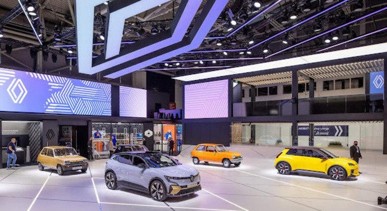 A Renault apresentou no Salão de Mobilidade de Munique o carro-conceito Renault 5, com visual vintage