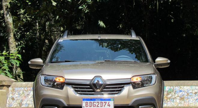 Renault Stepway Iconic 2020 traz também controle eletrônico de estabilidade e central multimídia  / Luiza Kreitlon / Agência AutoMotrix