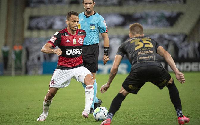 Renê - Clube: Flamengo - Posição: Lateral-esquerdo - Idade: 28 anos - Jogos completados no Brasileirão 2021: 3 jogos - Situação no clube: Reserva com poucas oportunidades