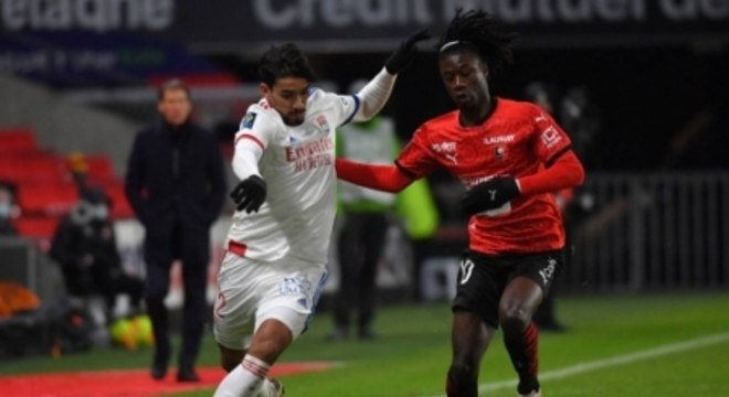 Rennes x Lyon - Camavinga e Lucas Paquetá