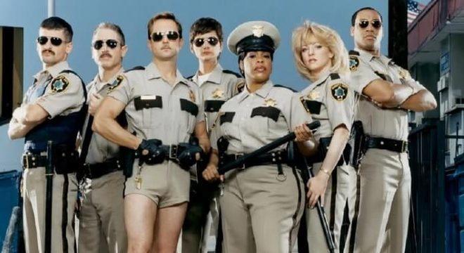 Genial: Reno 911 irá ganhar um revival com novos episódios