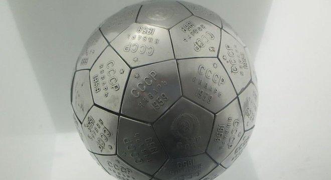 Réplica da esfera que Khrushchev deu a Eisenhower