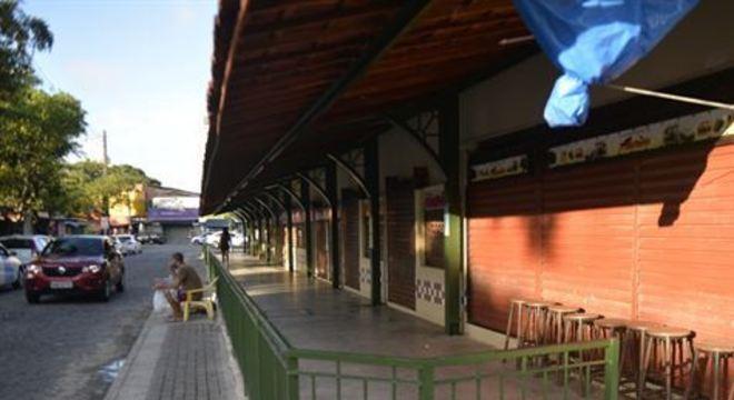 Reportagem percorreu corredores viários da Zona Norte e da cidade vizinha. Em Camaragibe, sete estabelecimentos comerciais foram autuados.