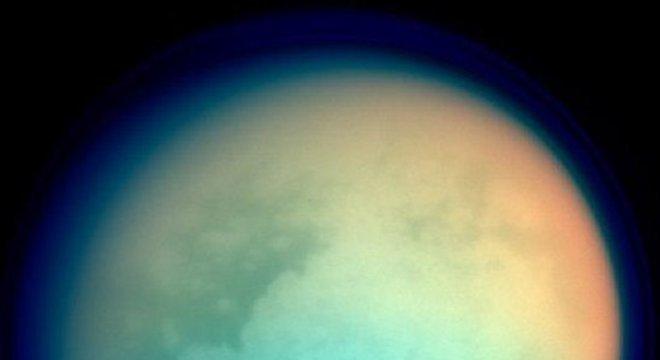 Titã é a maior lua de Saturno e a segunda do sistema solar