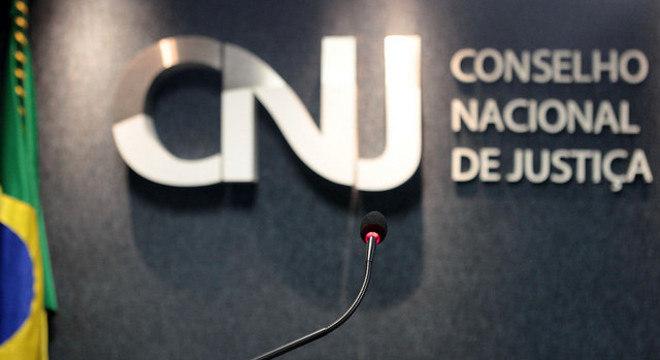 CNJ aprova novo auxílio-moradia para juízes