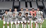 Na Velha Senhora, CR7 tem 4 títulos, sendo 2 do Campeonato Italiano e 2 da Supercopa da Itália. Na Liga dos Campeões, objeto de maior desejo da Juve, o português acumulou fracassos