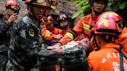 Terremotos no sudoeste da China deixam 12 mortos e mais de 120 feridos (REUTERS/Stringer)