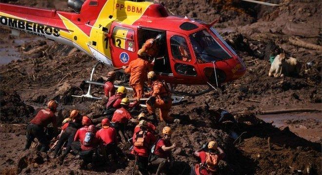 Barragem da mineradora Vale rompeu e já tem mais de 60 mortos confirmados