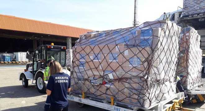 Equipamentos vieram da Turquia e chegaram em aeronave que pousou em Viracopos