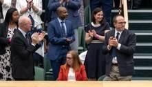 Cientista de Oxford responsável por vacina é ovacionada em Wimbledon