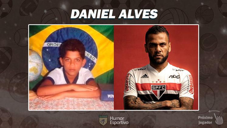 Resposta: Daniel Alves. Tente a próxima foto!