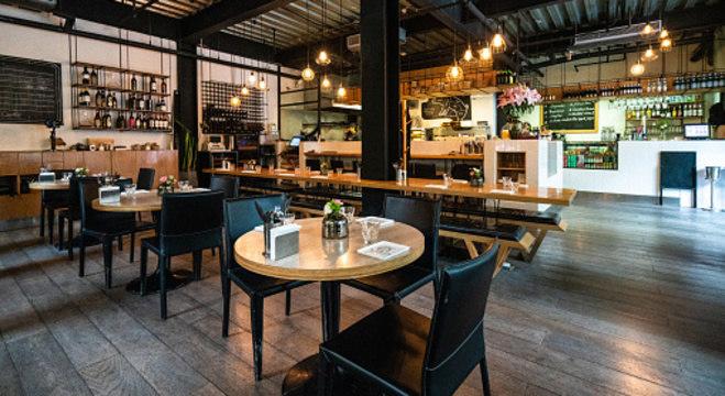 Restaurante abre de forma solidária durante a pandemia