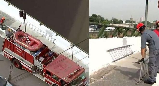 Bombeiros de São Paulo retiram corpo encontrado no rio Tamanduateí