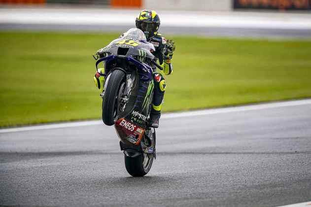 Retornando, Valentino Rossi sai em 17º