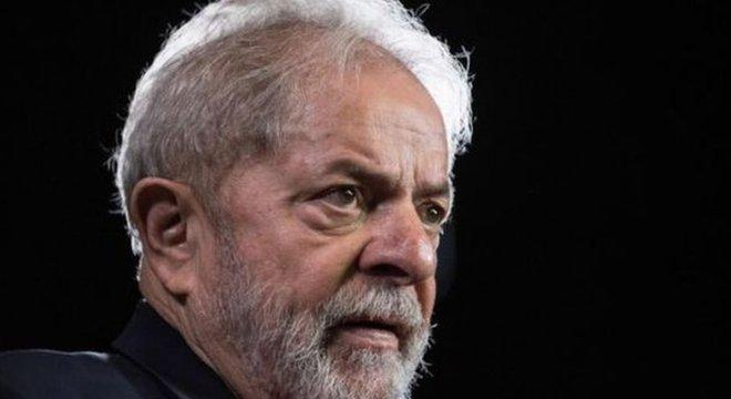 Caso de Lula chega ao STJ pouco mais de um ano depois da prisão
