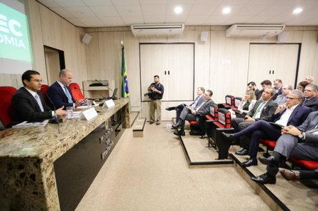 Secretário afirma que Brasil já passa por processo de reindustrialização