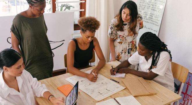 Programa gratuito pretende capacitar mais de 100 mil empreendedores negros