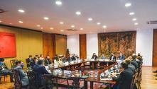 Bolsonaro falará com presidente de Angola sobre expulsão de pastores