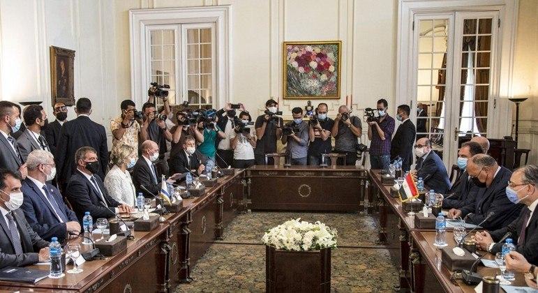 Reunião em Cairo para consolidar o cessar-fogo entre Israel e Hamas