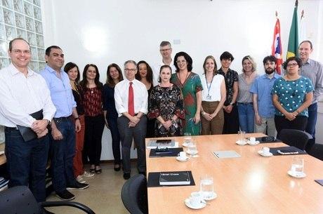 Reunião da cátedra com o reitor Marcelo Knobel