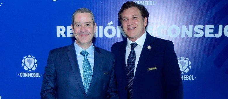 Rogério Caboclo e Alejandro Domínguez durante evento da Conmebol