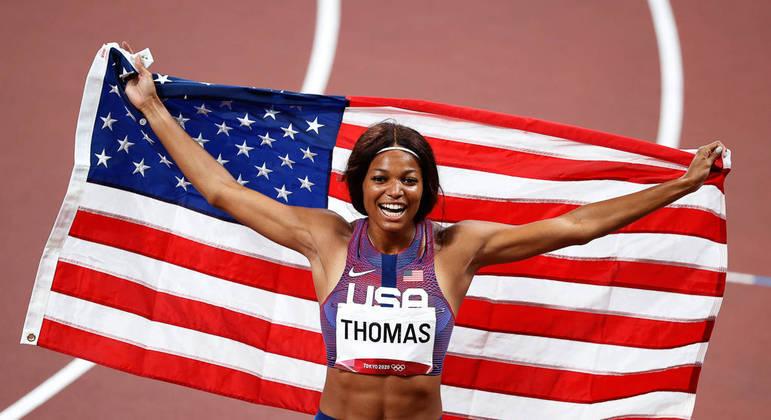 A norte-americana conquistou o bronze na disputa dos 200 m em Tóquio