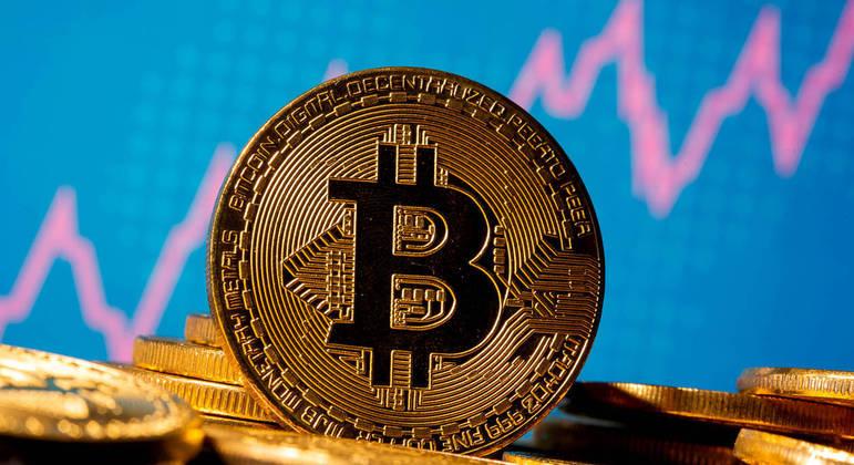 Bitcoin se aproxima da marca de US$ 50 mil, o equivalente a R$ 270 mil