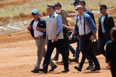 Bolsonaro foi a GO acompanhado de Mandetta
