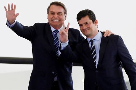 Moro acusa Bolsonaro de interferir na Polícia Federal