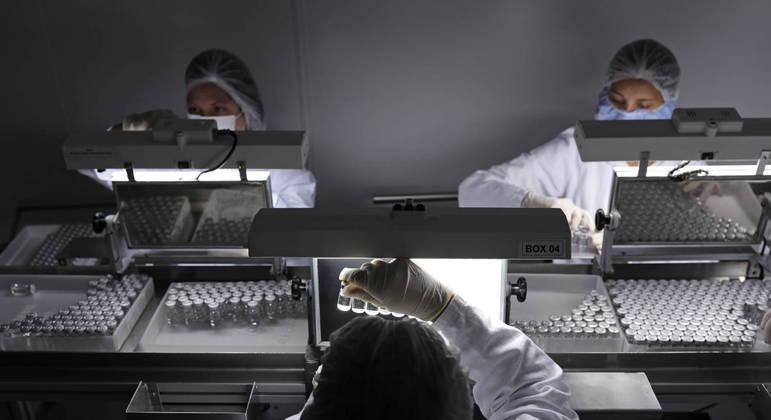 A CoronaVac do Instituto Butantan: pior desempenho entre as vacinas