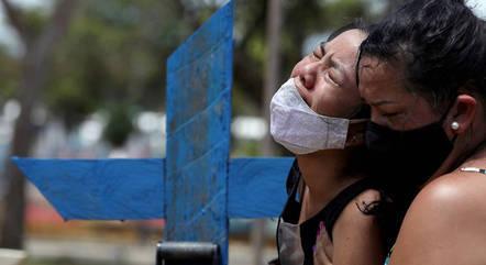 Brasil superou a marca de 500 mil mortes por covid-19