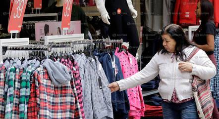Intenção de consumo caiu em maio