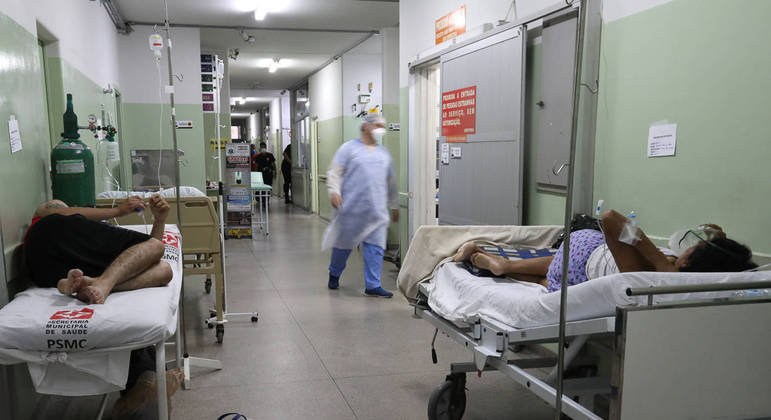 Pacientes internados com covid-19 em hospital de Bauru, no interior de São Paulo