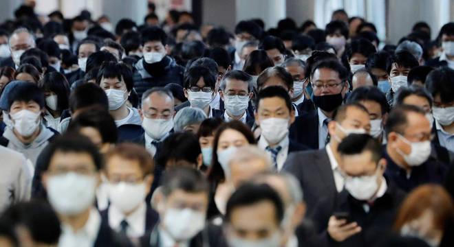 Uso de máscara deve ser um hábito mantido mesmo após a vacinação em massa