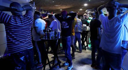 """Deputado destaca aglomerações festivas como """"inaceitáveis"""""""