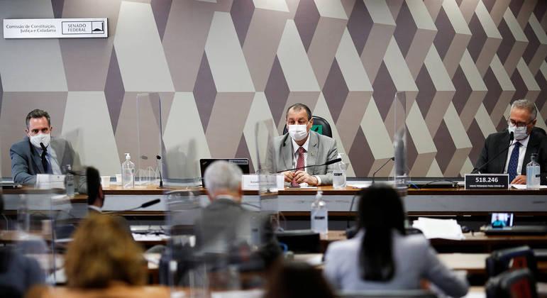 CPI da Covid: demandas demais e pedido de prorrogação