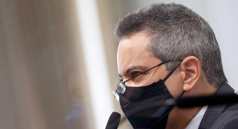 Coronel disse que ministério da Economia se opôs a MP para facilitar contrato com a Pfizer