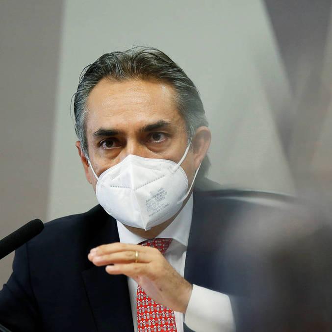 Carlos Murillo, da Pfizer, citou reunião com ministério na CPI da Covid