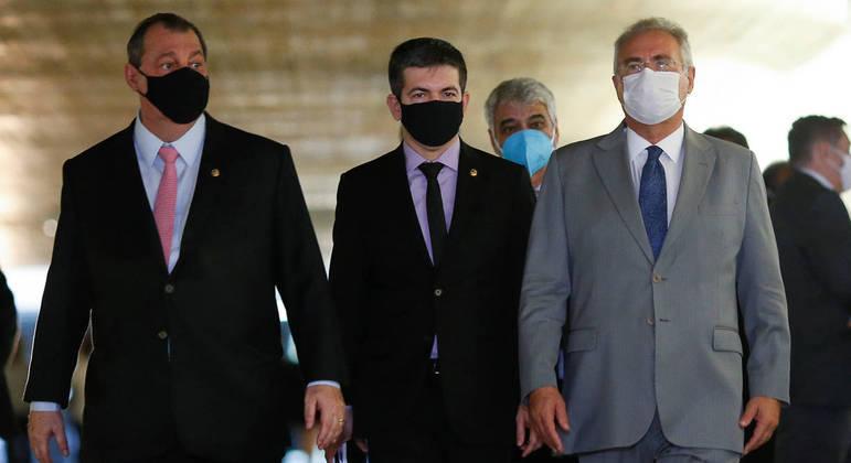 O senador Renan Calheiros (à direita): alvo de novo embate judicial.