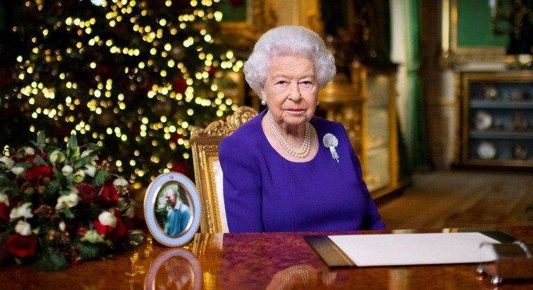 Em discurso tradicional de Natal, a monarca de 94 anos falou de esperança para o futuro