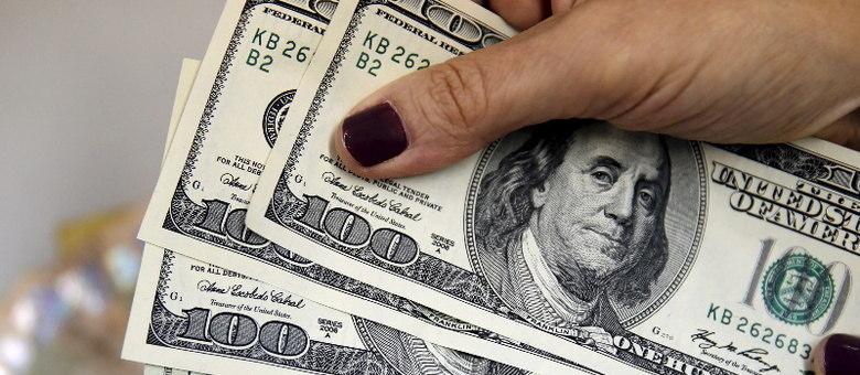 Às 11h15, dólar atingiu R$ 5,71, mais novo recorde nominal