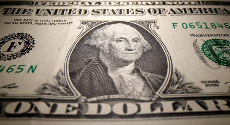 No exterior, a moeda tinha variação positiva de 0,02% frente a uma cesta de rivais