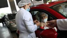 São Paulo suspende drive-thrus após imunizar 90% dos idosos