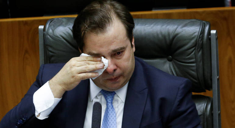 O ex-presidente da Câmara, Rodrigo Maia: enxugou as lágrimas e partiu para o ataque.