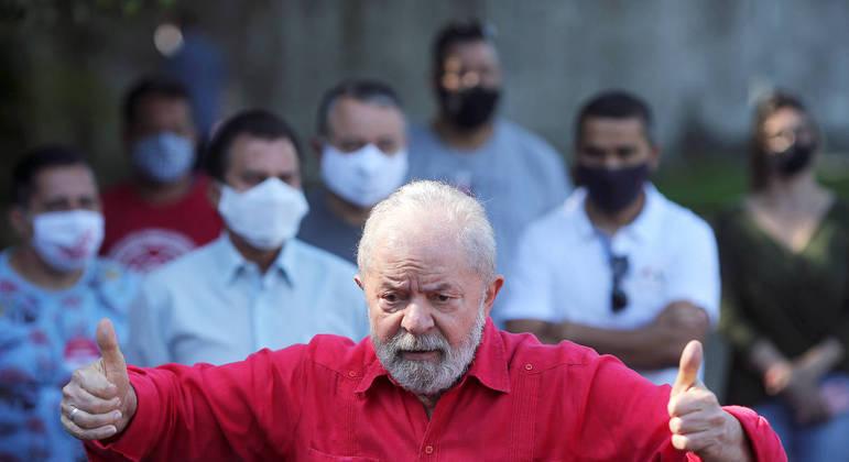 O ex-presidente Lula após votação para eleições municipais, em novembro