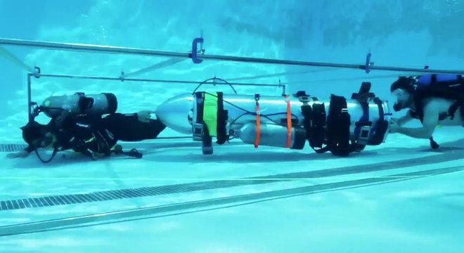 Minissubmarino de resgate foi criado a partir de peças de foguetes