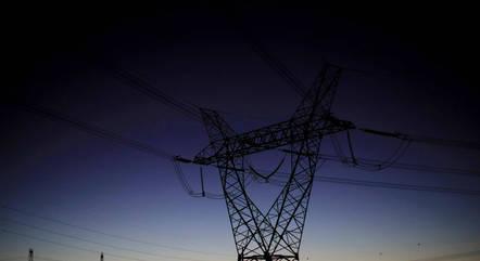 Energia elétrica deve ficar mais cara em 2021