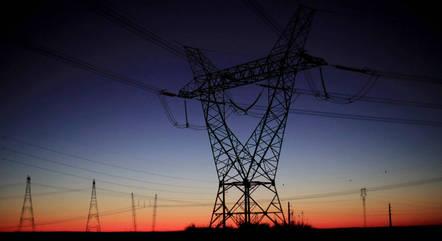 Pandemia adia metas de universalização de energia no país