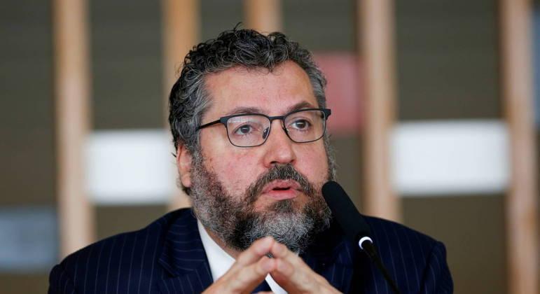 Ernesto Araújo colecionou polêmicas ao longo de sua gestão à frente do Itamaray