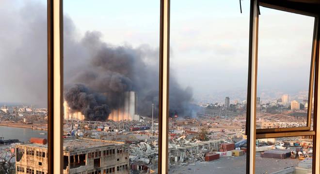 Explosão atingiu região portuária da capital libanesa